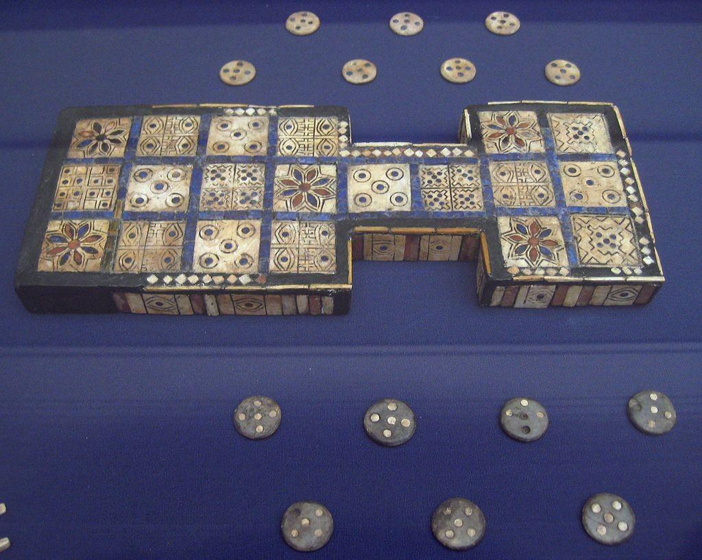 図1: 2600–2400 BC頃のもの/大英博物館