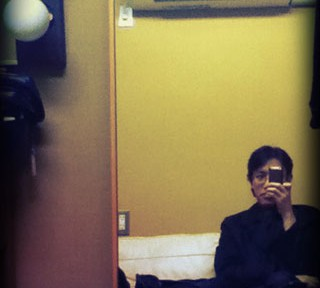 とあるアーティストの楽屋におじゃまするZaza