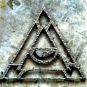 Triangle March エンボス加工