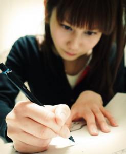 絵を描くYukky